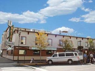 Edgewater Hotel