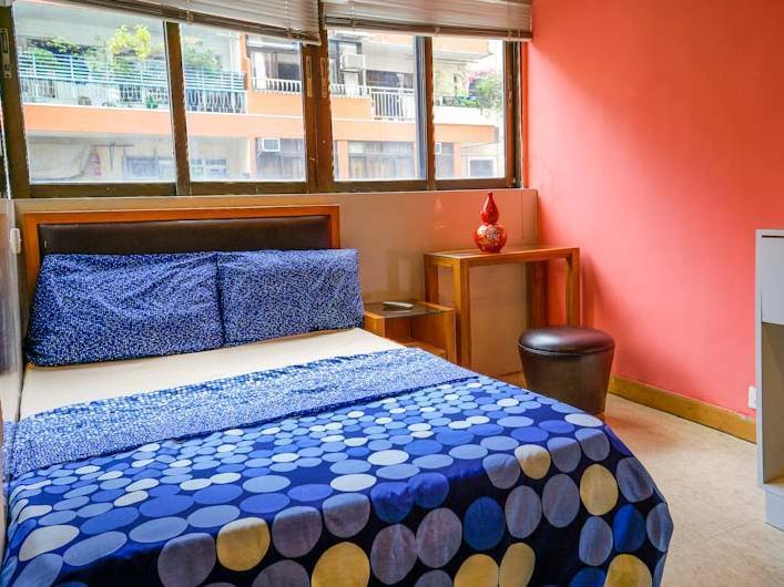 Hong Kong Hotel   Guest Room