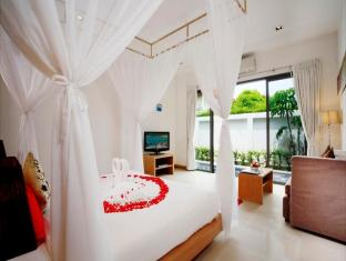 The Space Villa Phuket - Hotellihuone