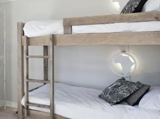 The B.I.G Backpackers Cape Town - Mixed Dormitory En-suite Room