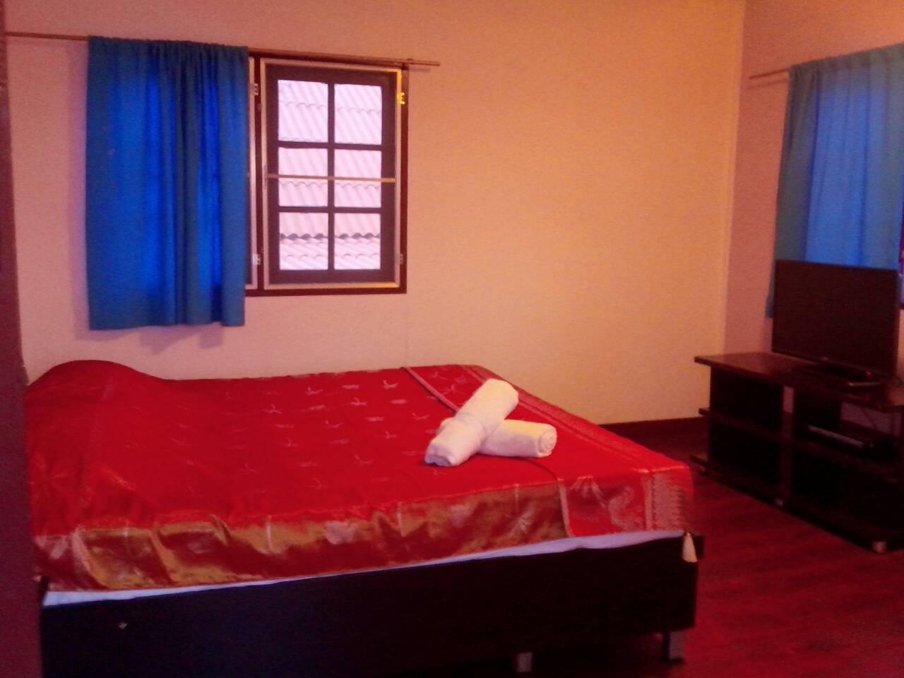 Karoon Hut Guesthouse,กรุณฮัท เกสท์เฮาส์