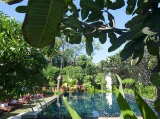 Blue Bird Hotel Bagan - Swimming Pool