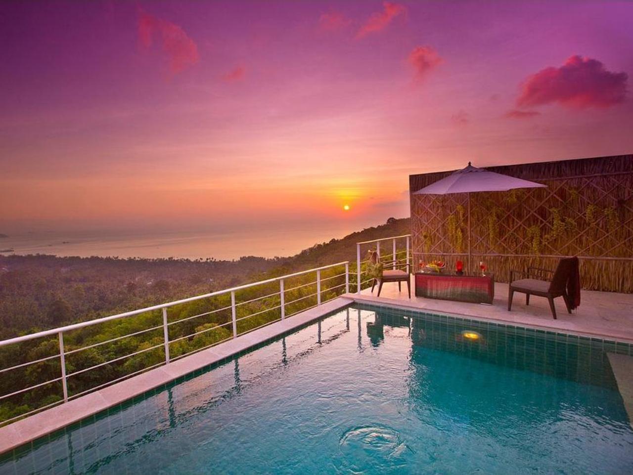 อเมรา ลักซัวรี วิลลาส์ (Amera Living Resort Villas)