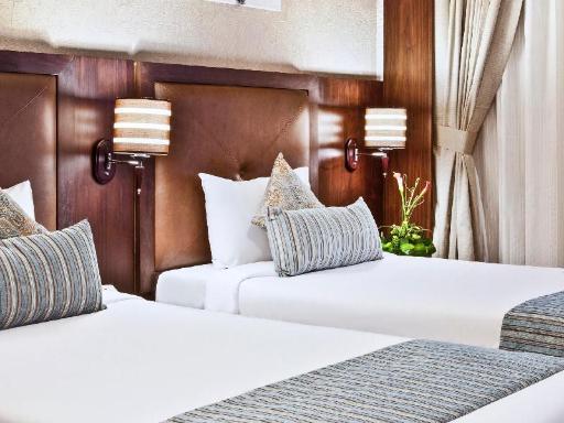 ➦  Wyndham Hotels & Resorts    (Dubai) customer rating