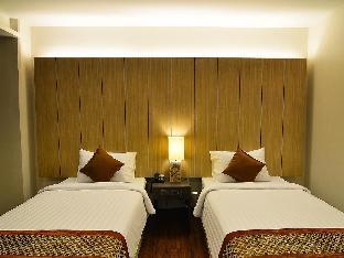 The 93 Hotel guestroom junior suite