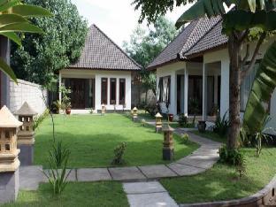 Rumah Kalua Villa