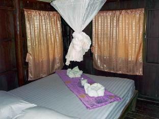 ジャングル ハッツ リゾート Jungle Huts Resort