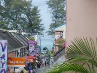 JJ&J Patong Beach Hotel Phuket - Pogled