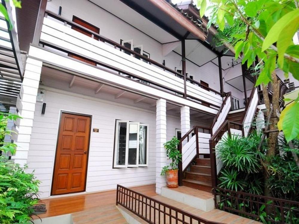 Thanicha Resort