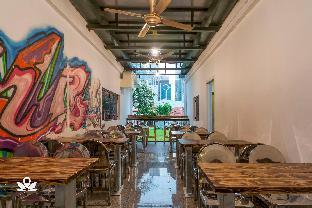view of iStay.inn - an urban art hostel