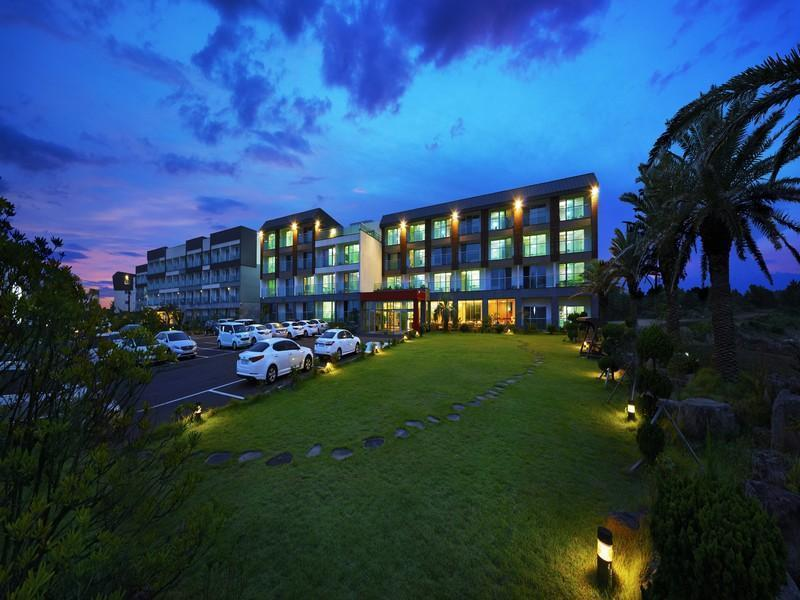 Areumdaun Resort1