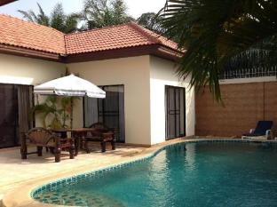 Majestic Residence Pool Villa Pattaya 3 bedroom