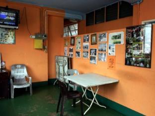 B&B Inn Kuching - Living Hall