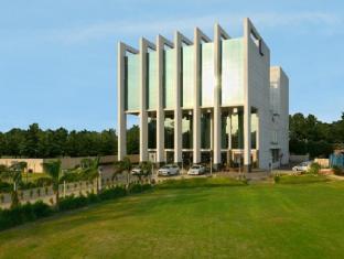 Hotel Sandy's Tower - Bhubaneswar