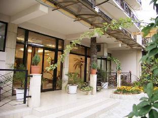 Hotel Flora Адлер
