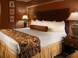 room of Best Western Plus French Quarter Landmark Hotel