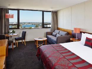 North Sydney Harbourview Hotel4