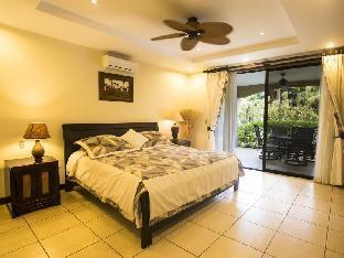 booking.com Monte Carlo Luxury Condominiums