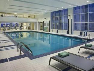 Residence Inn by Marriott Calgary Airport Calgary (AB) - Swimming Pool