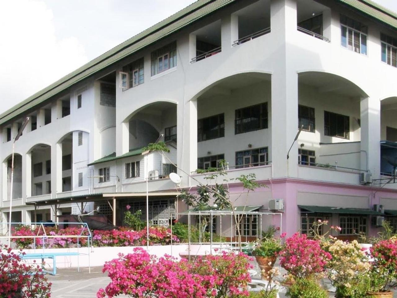 อัญชนาเฮาส์ (Anchana House)