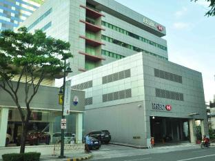 The Fort Budget Hotel - Bonifacio Global City Manila - BGC Offices - Walking Distance