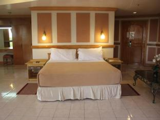 Elegant Circle Inn Cebu - Guest Room