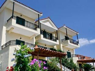 Aristi Studio Apartments