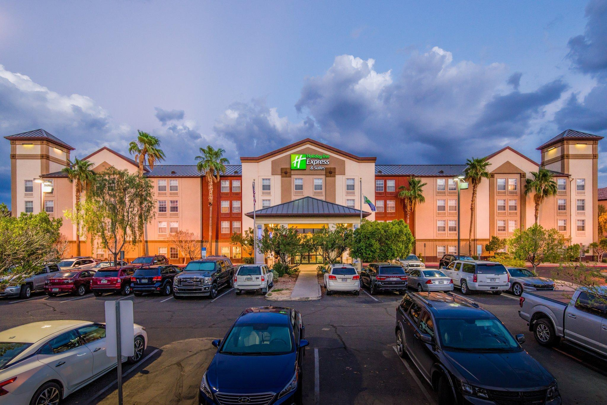 Holiday Inn Express Phoenix-Airport/University Drive image