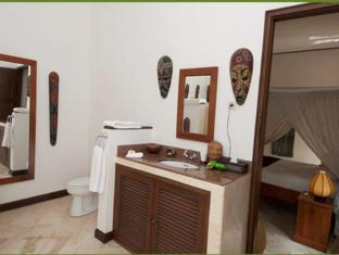 Agung Bali Nirwana Villas and Spa Bali - Bathroom