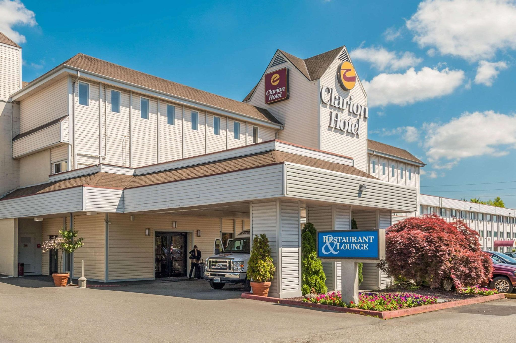 Clarion Hotel Seattle Airport image