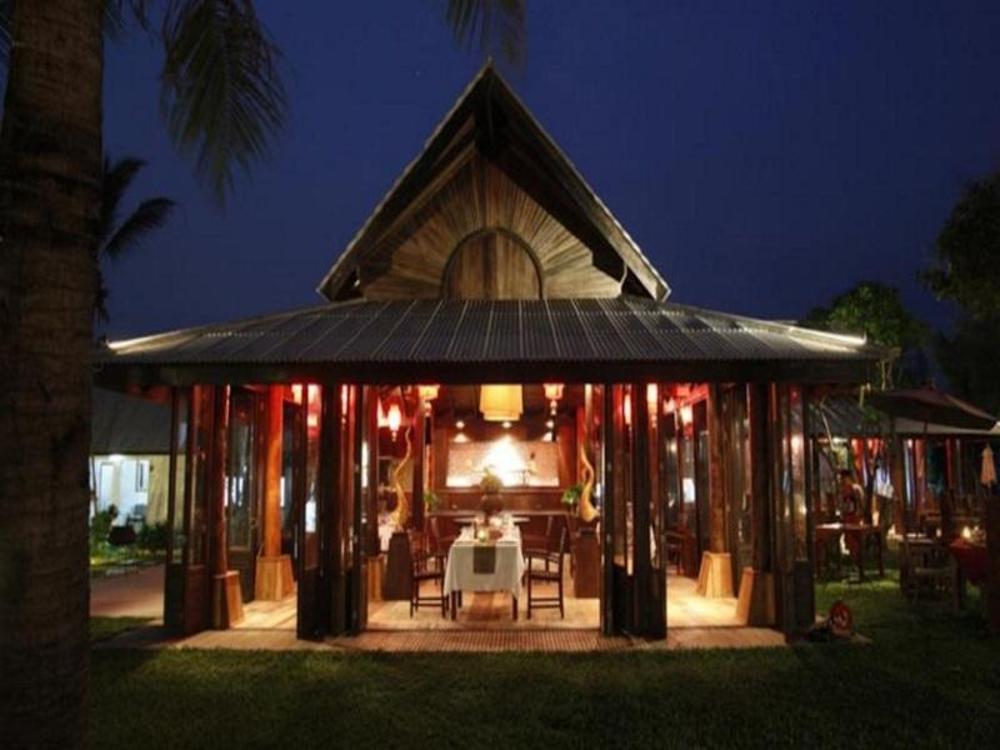 Chivaree Hotel and Resort