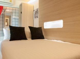Sleep Box Hotel discount
