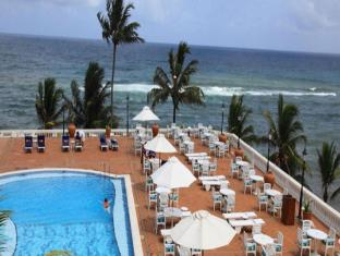 Mount Lavinia Hotel Colombo - Swimming Pool