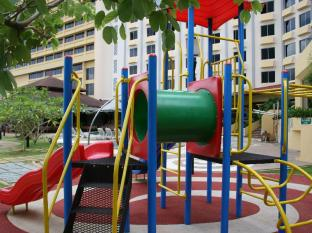 Grand Margherita Hotel Kuching - Playground