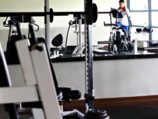 Merdeka Palace Hotel & Suites Kuching - Gym