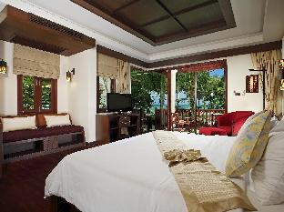 カオラック ベイ フロント ホテル Khaolak Bay Front Hotel