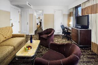 Interior The New Yorker, A Wyndham Hotel