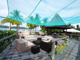 Badian Island Wellness Resort Badian - Sun deck