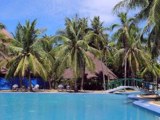 Cordova Reef Village Resort Mactan Island - Басейн
