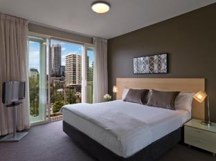 Adina Apartment Hotel South Yarra Melbourne - Guest Room