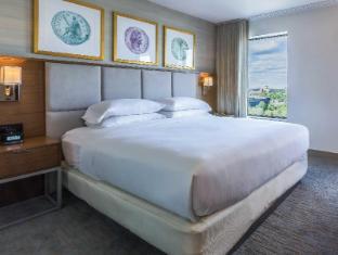 Interior DoubleTree Suites by Hilton Hotel Boston – Cambridge