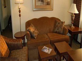 Interior Staybridge Suites Chattanooga-Hamilton Place