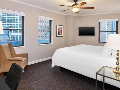 The Tremont Chicago Hotel at Magnificent Mile PayPal Hotel Chicago (IL)