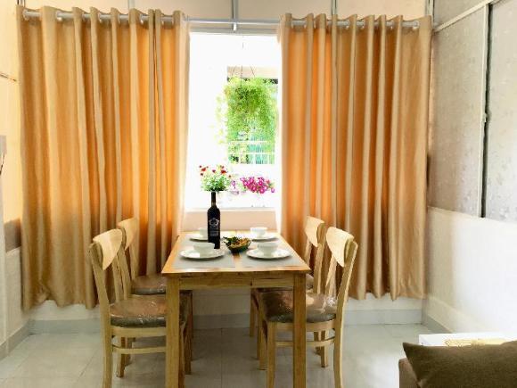 2br apt, D1, near Lunch Lady,fair price, nice host