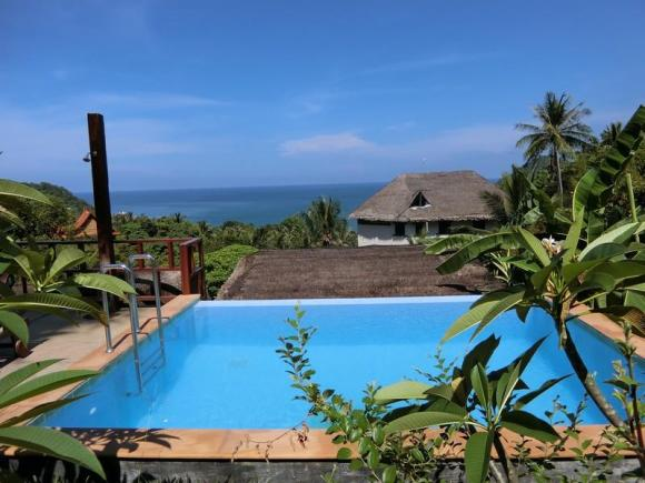 Sunrise Bungalow with total ocean view 4
