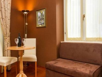 Tri Lava Luxury Living – Split 4