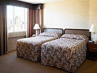 Coast Plaza Hotel and Suites Vancouver (BC) - Gästrum