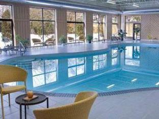 Days And Conference Centre Toronto Don Valley Hotel Toronto (ON) - Swimming Pool