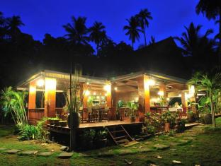 Baan Mai Cottages and Restaurant Phuket - zunanjost hotela