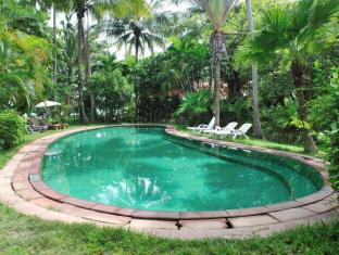 Baan Mai Cottages and Restaurant Phuket - Piscina